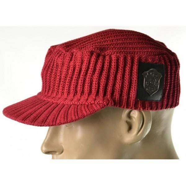 edf79536ecf Pánská rubínová čepice Guess - HMFashion - značkové oblečení Tommy ...
